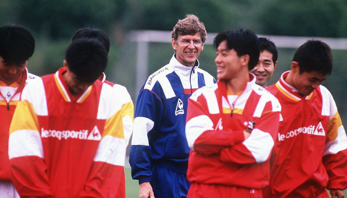 nagoya-grampus-eight-arsene-wenger