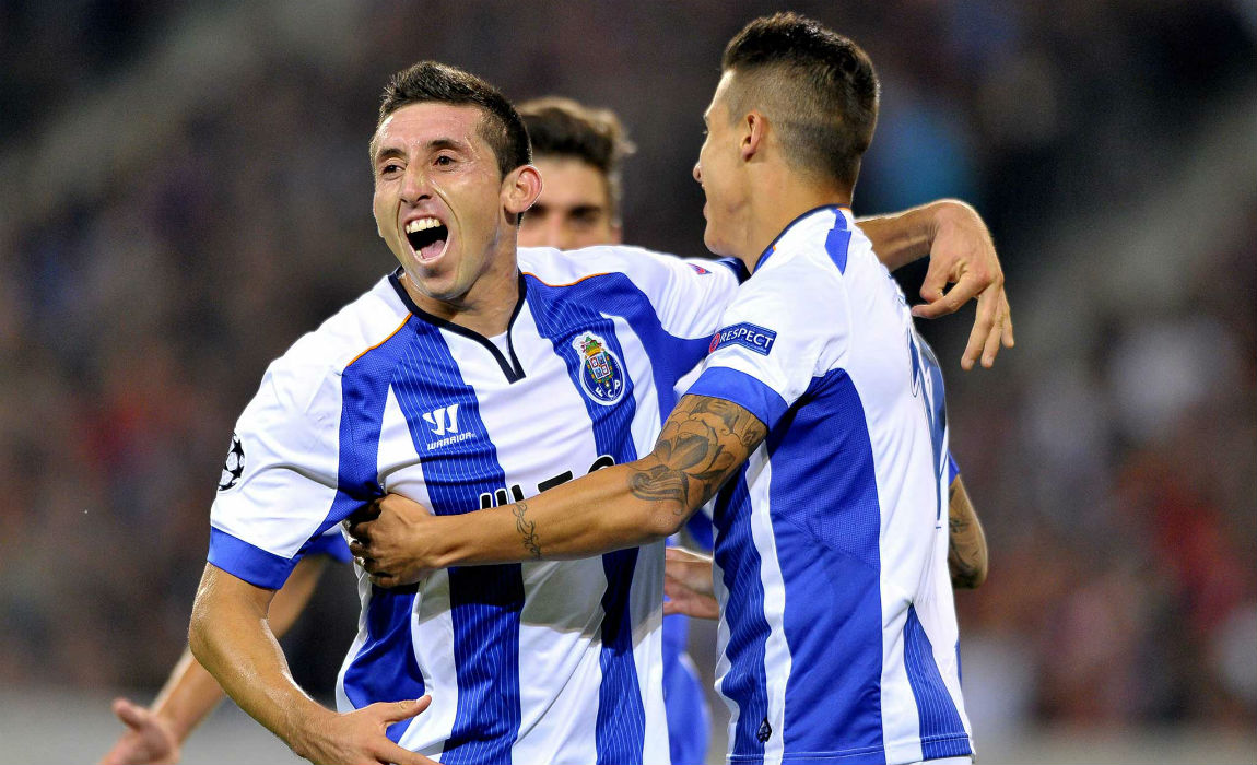 Manchester United Eyeing Big Money Move For FC Porto s Hector Herrera