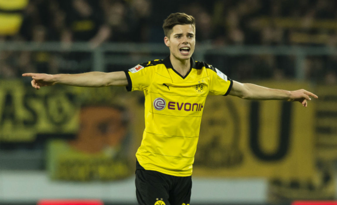 Borussia Dortmund Lose Julian Weigl To Ankle Injury