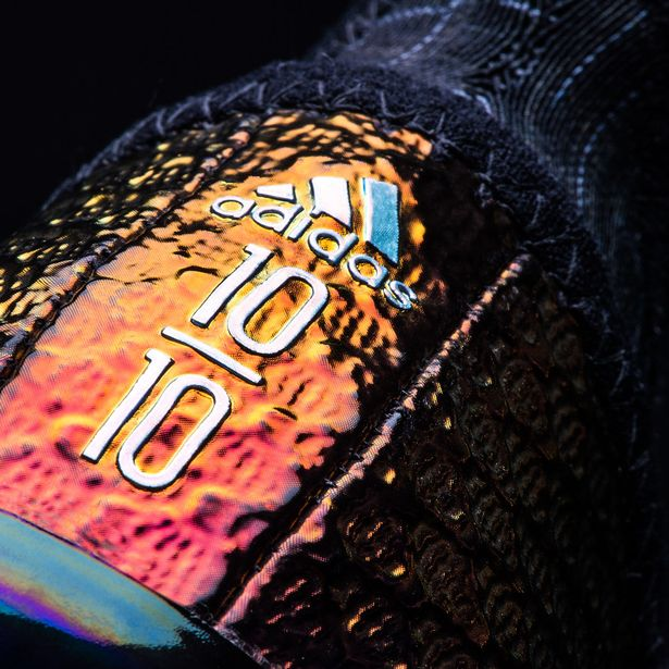 lionel-messi-boots-4