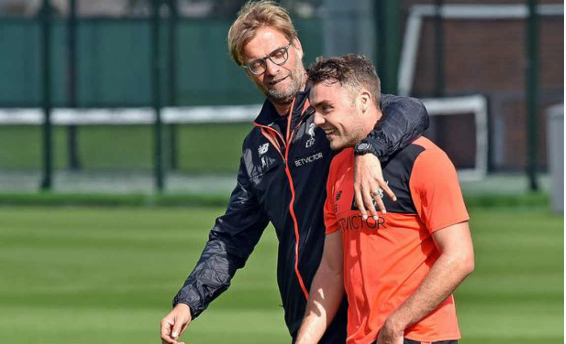 jurgen-klopp-with-youngsters