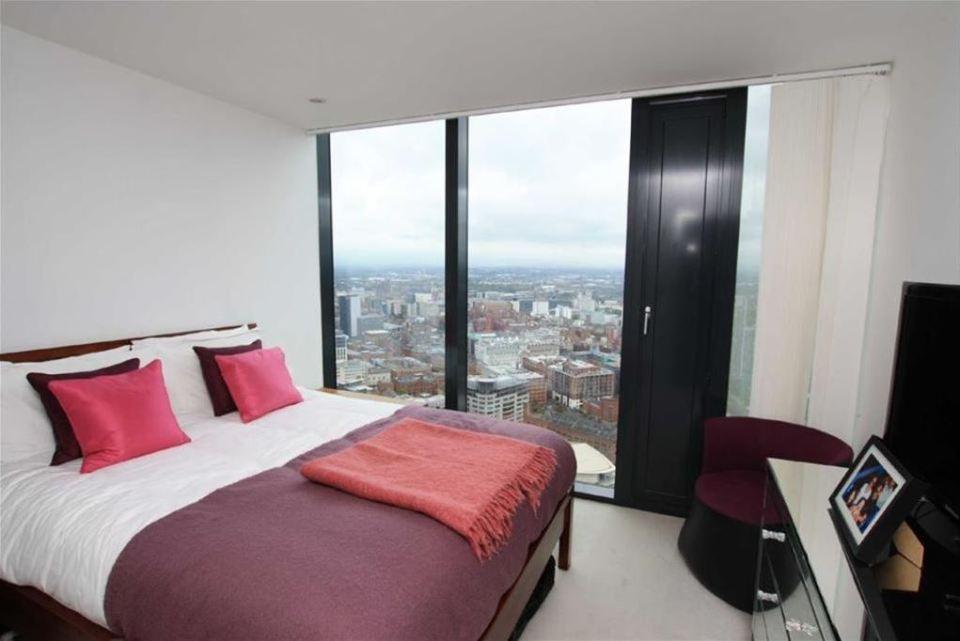 Penthouse Bedrooms - Photo Courtesy: rightmove.co.uk