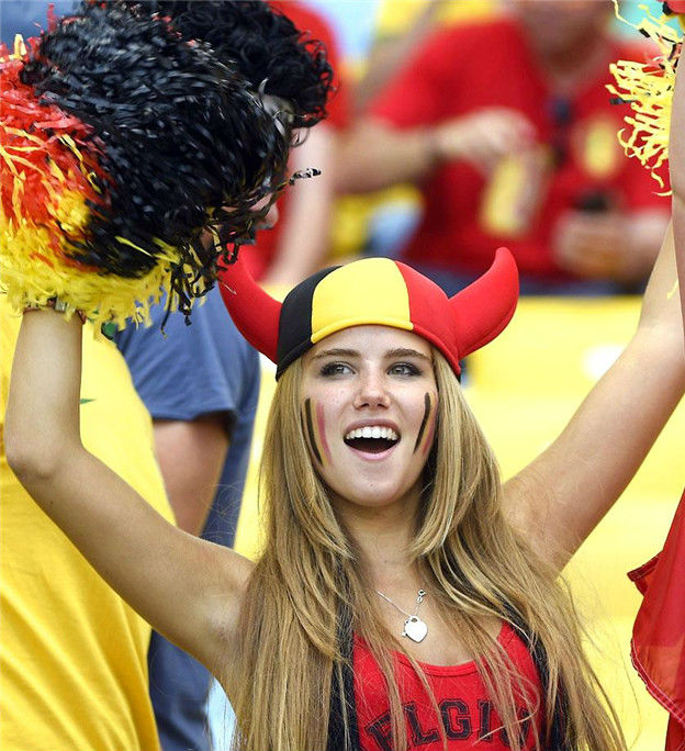images, pictures and photos of beautiful and hot Belgian girls and female Belgium Fans In World Cup 2018