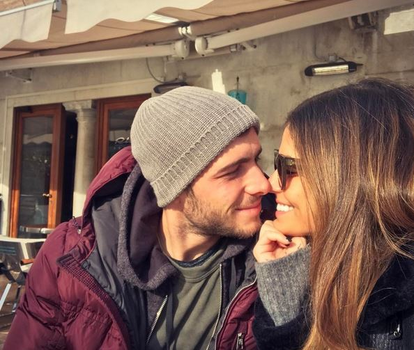 Barcas New Hero Sergi Roberto Shows He Is A Star On And Off The Pitch With Stunning Girlfriend Coral Simanovich