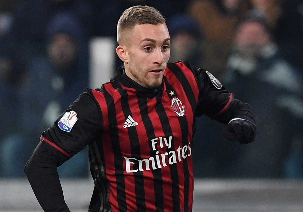 Lionel Messi Warns Barcelona Not To Sign Gerard Deulofeu From AC Milan