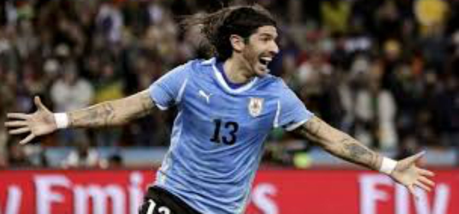Ex Uruguay International Loco Abreu Signs For 24th Professional Club In 23 Year Long Career