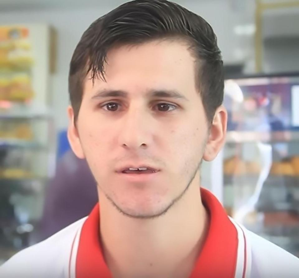 23fe47b56 ... for people who love sweets and have visited a local shop in Sau Paulo,  Brazil, as a worker there looks exactly like footballing genius Lionel Messi .