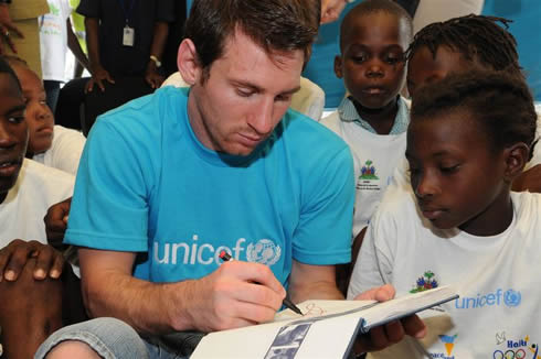 TOP 10 Footballers Prominent For Their Charitable Side