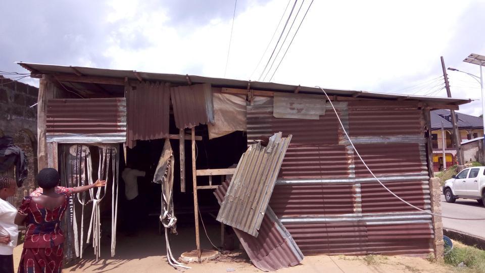 nigerian fans electrocuted man utd