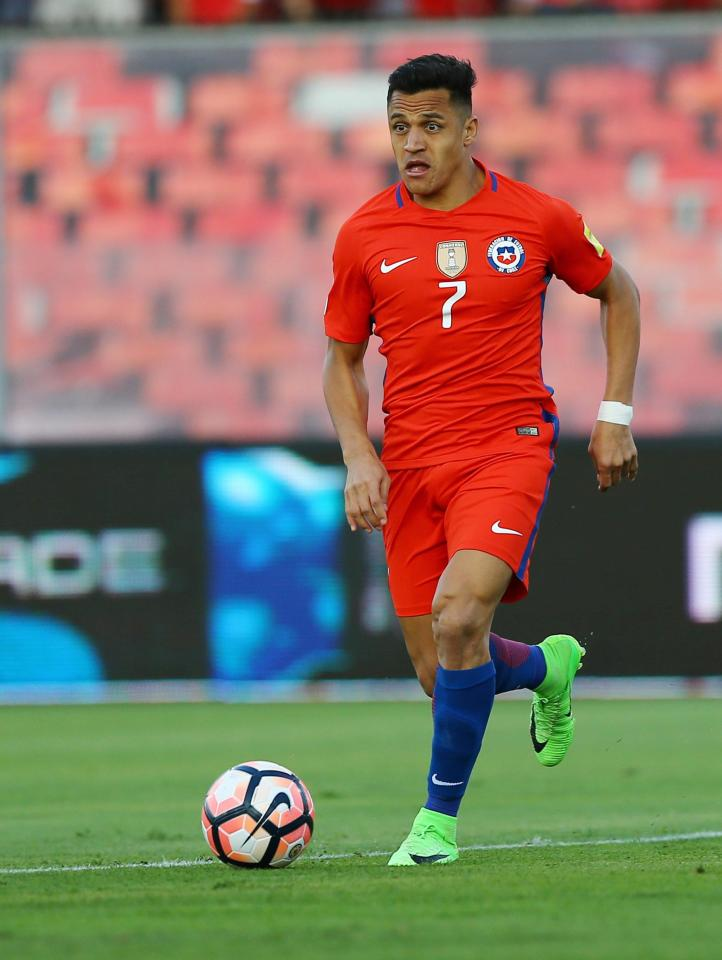 Alexis Sanchez Receives Phone Call From Mourinho About Possibility Of Joining Man Utd