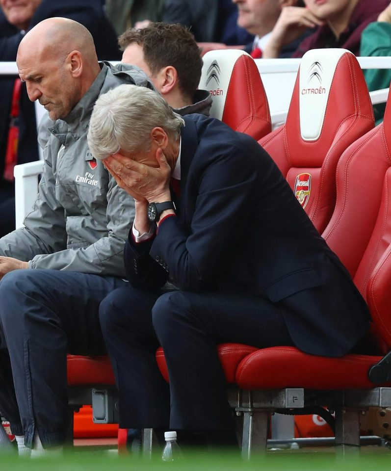 Arsenal Fans Continue Wenger Out' Protests But French Boss Demands A Club Wide United Front
