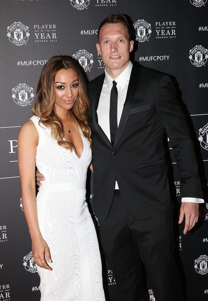 Herrera Bags Player Of The Year Award But WAGS Spice Up Man Utds End Of The Season Bash