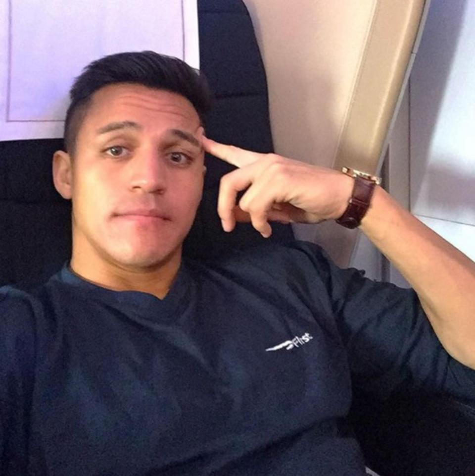 Alexis Sanchezs Arsenal Future In Jeopardy As Fans Think He Might Be On The Move