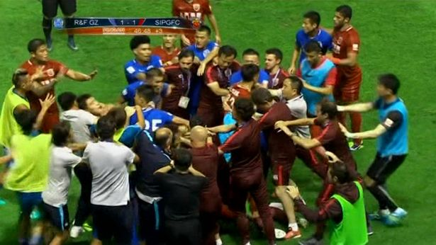 Former Chelsea Star Oscar Sparks Mass Brawl In China