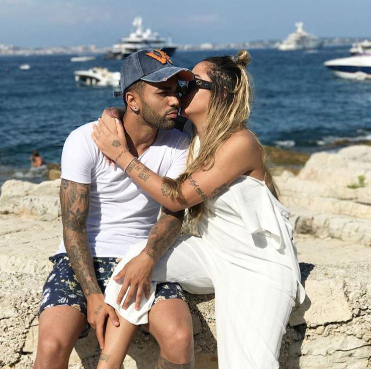 Gabigol And Rafaella Cuddle Up By The Seaside After Her Brother Neymar Moves To The City Of Love