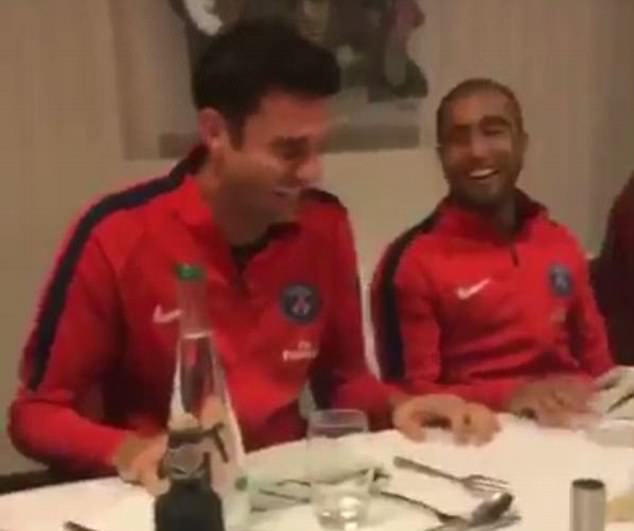 Salario Lucas Moura Psg 2017: Kylian Mbappe Sings Initiation Song Ahead Of PSG Debut