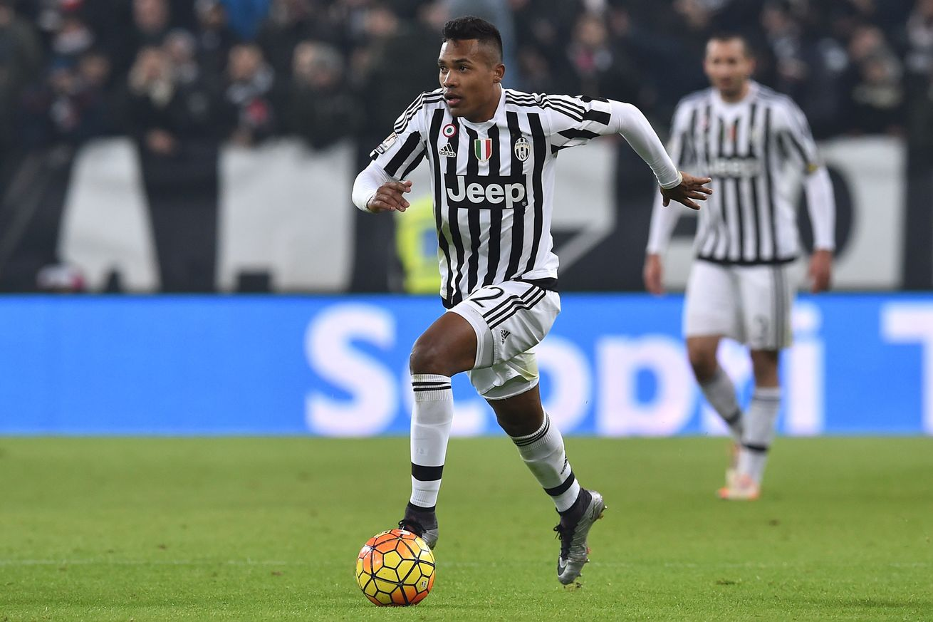 Chelsea Eye January Transfers Of Juventus Star Alex Sandro And Arsenals Alexis Sanchez To Help Keep Antonio Conte