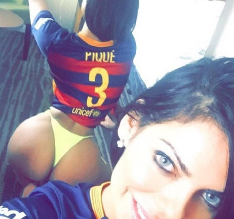 Miss BumBum Suzy Cortez Sends Sexy Bum Selfies To Gerard Pique… After First Targeting His Pal Messi