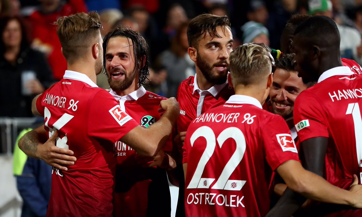 Hannover Upset Hamburg 2 0 In German Bundesliga