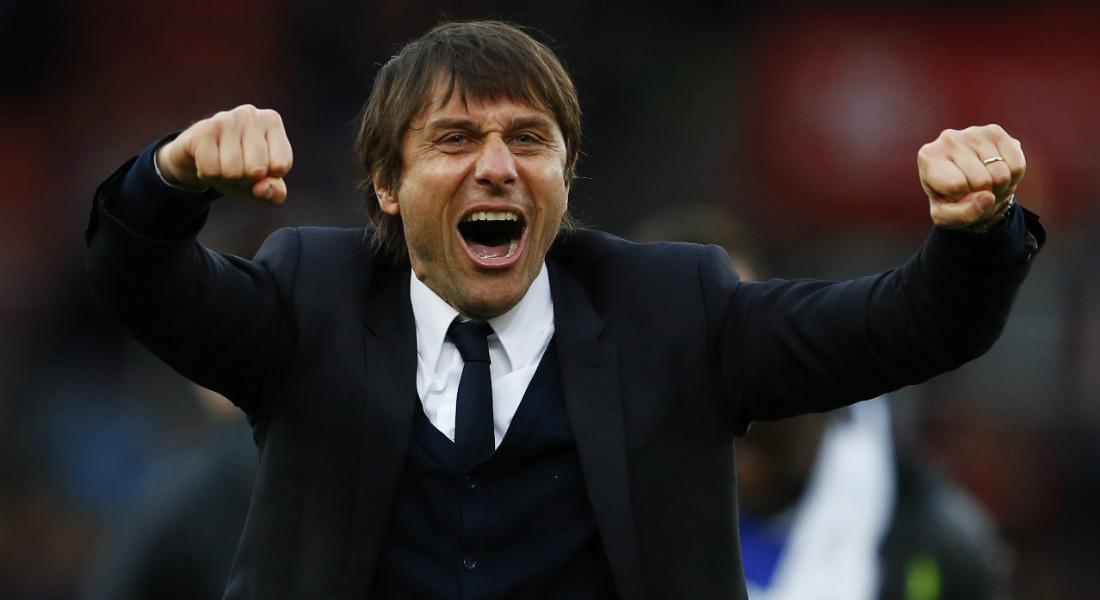 Chelsea To Stun Jose Mourinho And Man Utd With £50M Alex Sandro Move