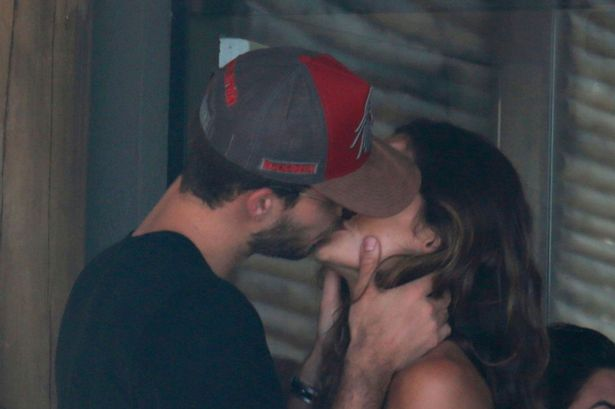 Non Stop PDAs From PSG Pair Neymar And Trapp As They Smooch Stunning Girlfriends
