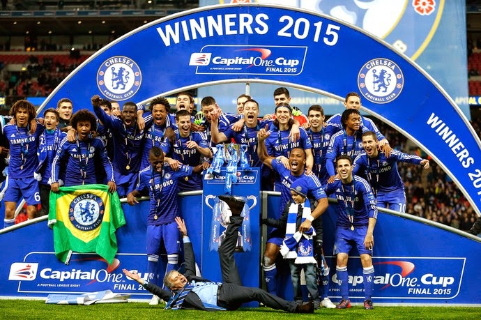 Chelsea celebrating 2015 PL