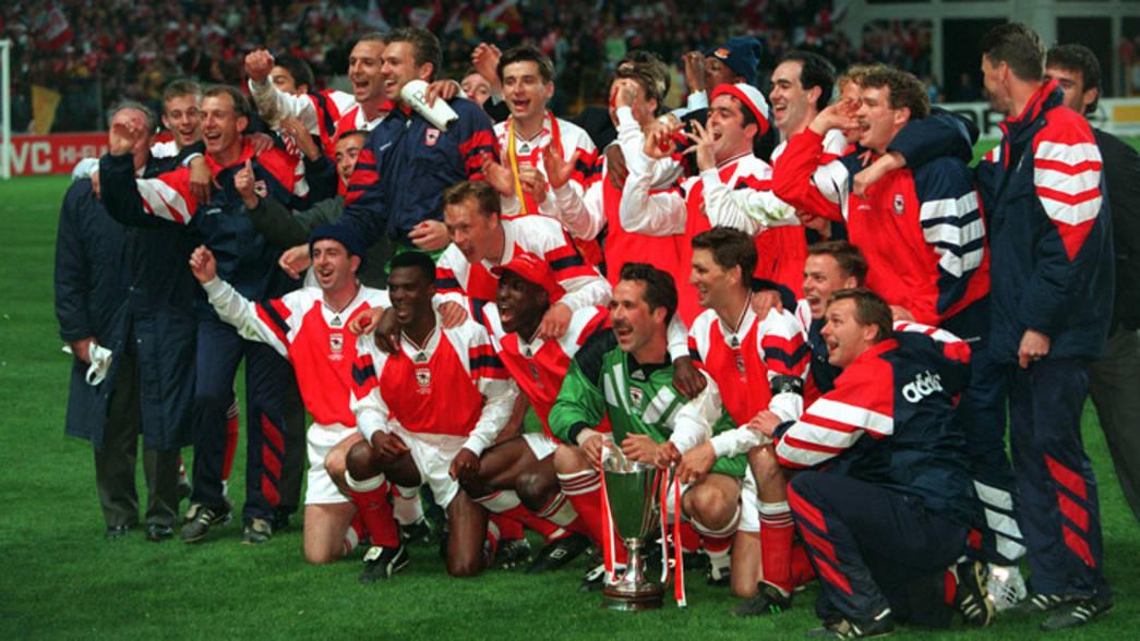 Arsenal celebrating 1994 Premier League Victory