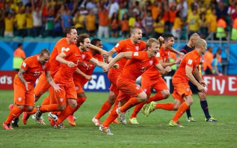 Dirk Kuyt and Holland squad