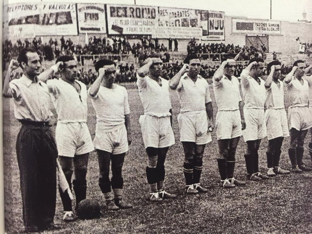 Real Madrid players doing the Republican Salute