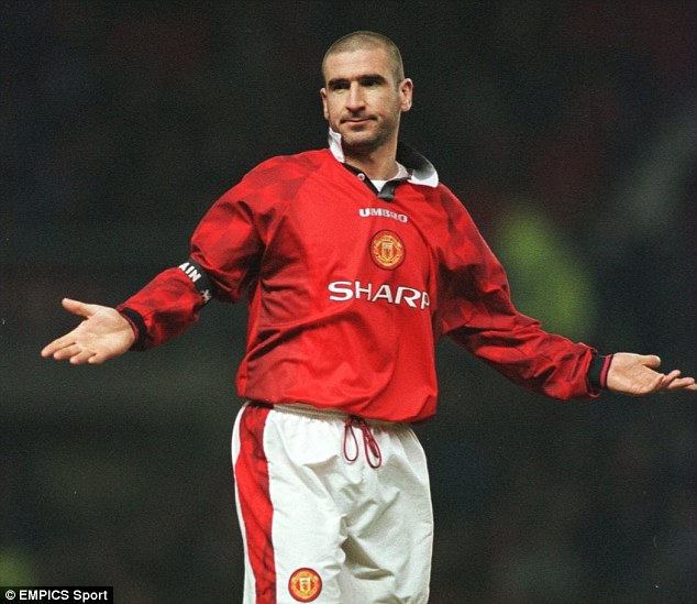 Eric Cantona inducted into the Premier League hall of fame