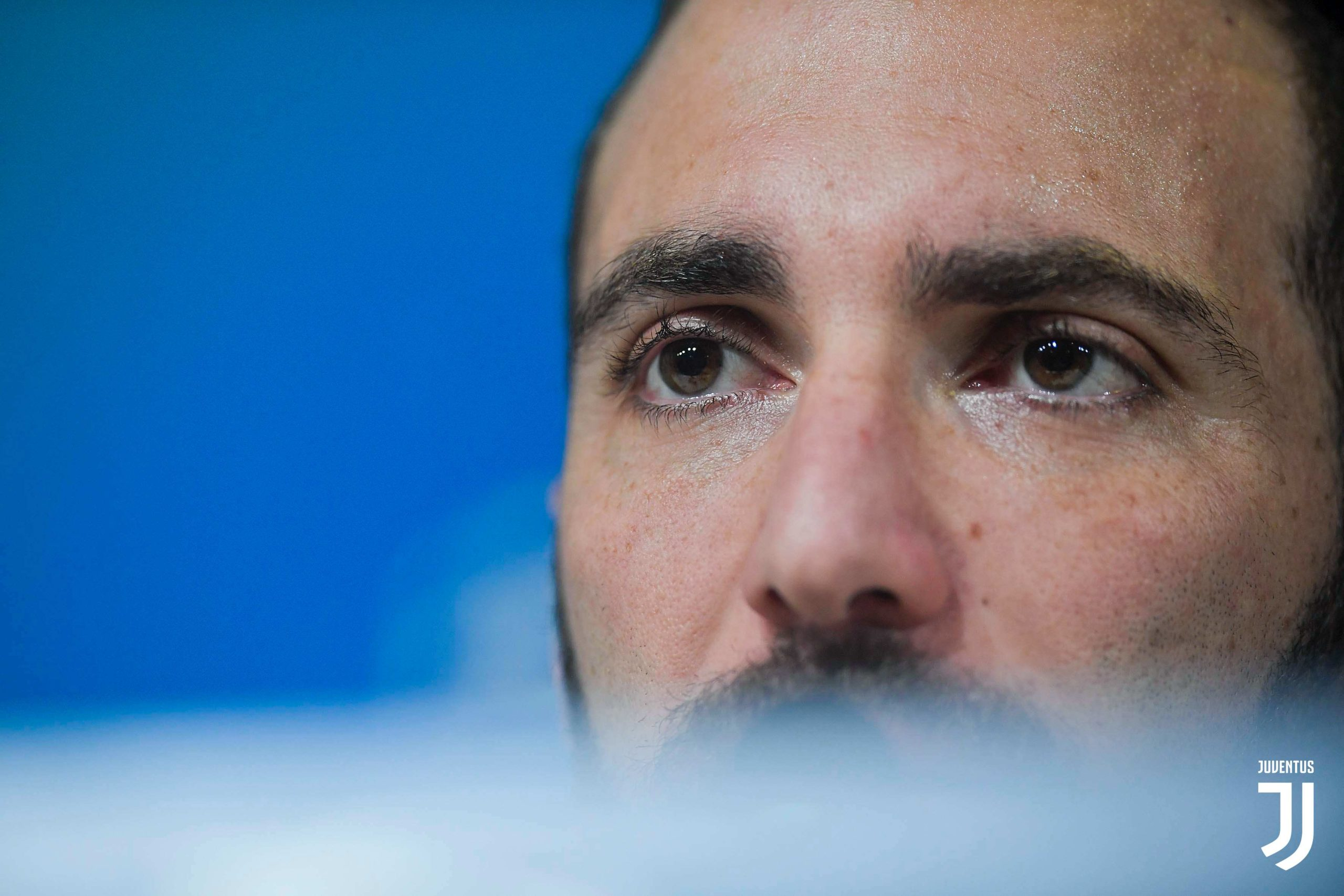 Higuain forced to end his contract with Juventus, joins Inter Miami CF