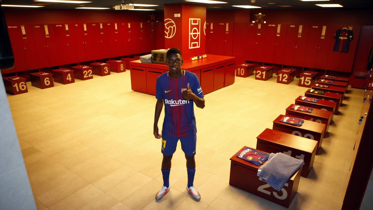 Ousmane Dembele in the Barcelona dressing room following his announcement.
