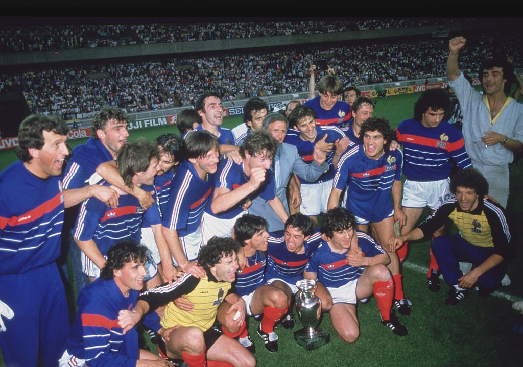 France team with the Euro 1984 trophy