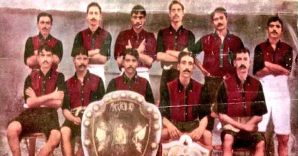 Mohun Bagan team that won the 1911 IFA Shield