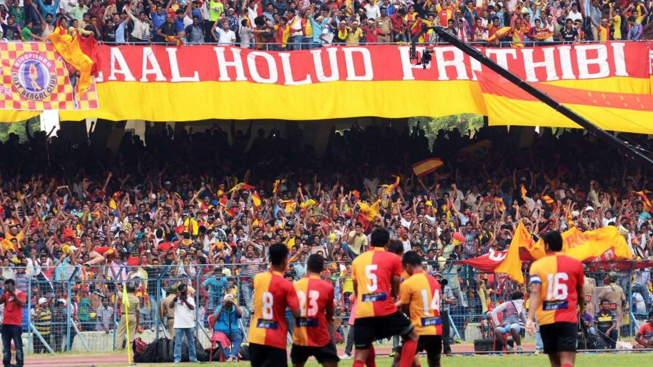 East Bengal players and supporters